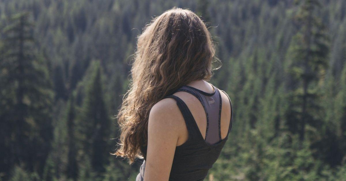 Una sencilla meditación para mantenerte alejado delamala energía