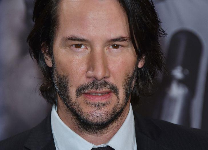 10 Historias que nos hicieron enamorarnos de Keanu Reeves una vez más