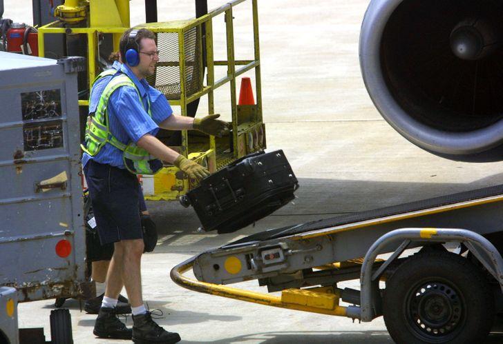 20+ Secretos que los trabajadores aeroportuarios no comparten con los pasajeros regulares