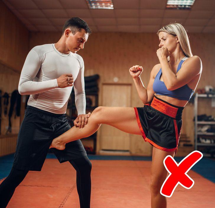 8 Consejos de autodefensa que nos pueden hacer más daño que bien