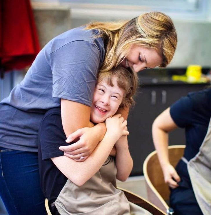 10 Personas Que Hacen Cosas Sorprendentes Para Ayudar A Los Más Necesitados A Su Alrededor